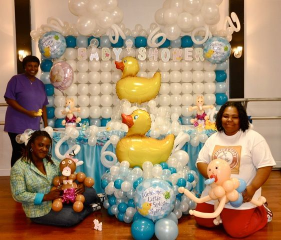 Balloon decorations for baby shower day 3 theme decoration for Baby shower decoration packages