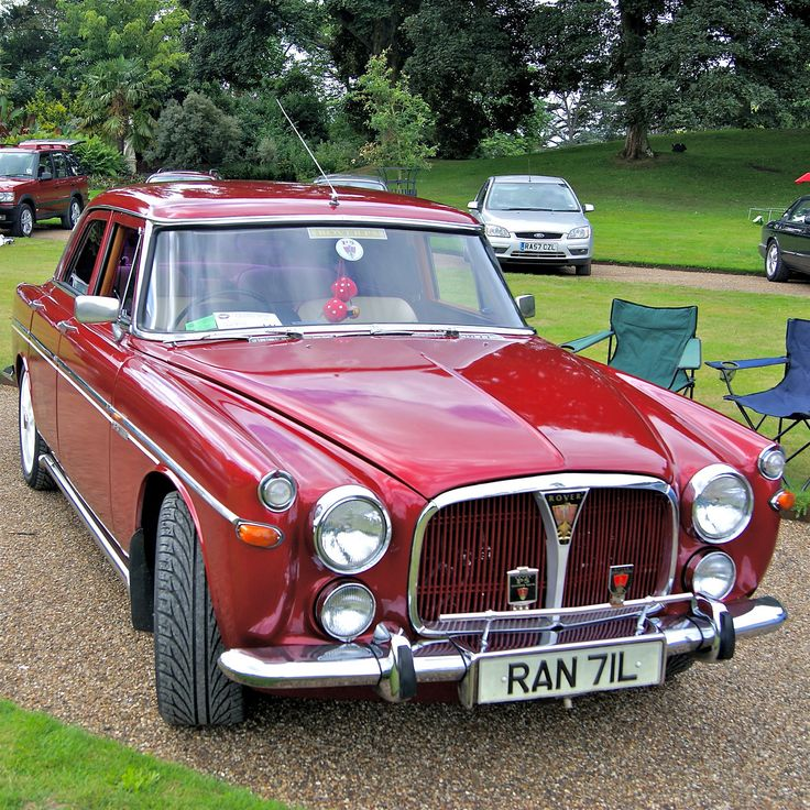 1972/73 Rover (P5) 3.5 Litre   Maintenance/restoration of old/vintage vehicles: the material for new cogs/casters/gears/pads could be cast polyamide which I (Cast polyamide) can produce. My contact: tatjana.alic@windowslive.com