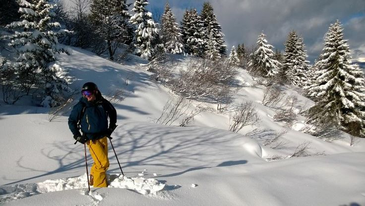 Off piste above Les Allues - January