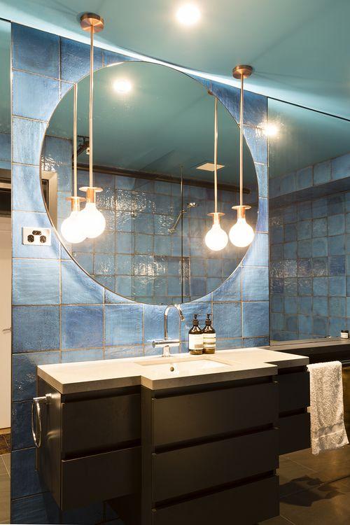 Bathroom design by interior designer Meredith Lee, photo by Elizabeth Schiavello