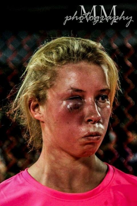 Art of War Killer Kelly McGill vs Chelsea Davis. Kelly ...