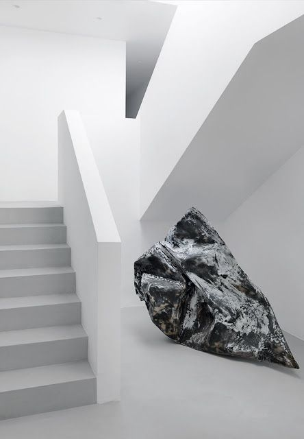 simplicity love: House in Antiparos, Greece   Nicos Valsamakis