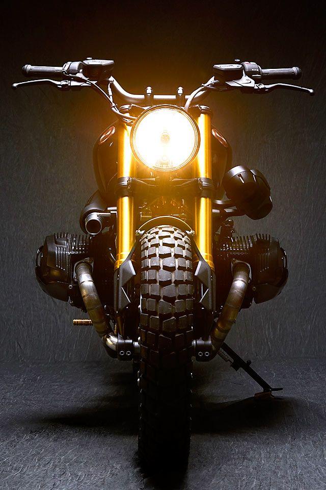 BMW R nineT customizada pela Vida Bandida na Argentina. A ideia era manter a moto muito próxima à original de fábrica, porém, com um visual bem agressivo.