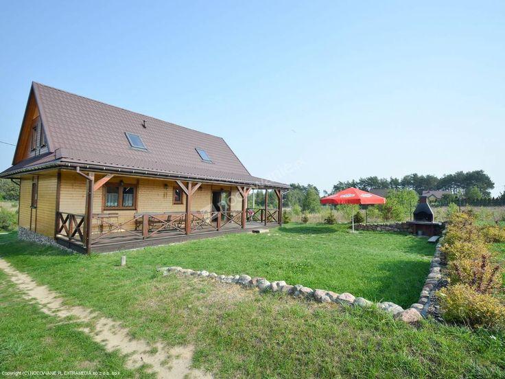 Drewniana Chata to sprawdzony obiekt położony w Borkowie. Więcej informacji na: http://www.nocowanie.pl/noclegi/nasielsk/domki/106785/ #europe