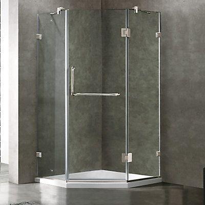Cette incroyable cabine de douche néo-angulaire compacte VIGO sans cadre avec sa base profil bas, agrémente agréablement votre salle de bain Linstallation de la cabine de douche représente un excellent projet de développement de votre intérieur. Le déflecteur deau redirige leau vers lintérieur de la douche.
