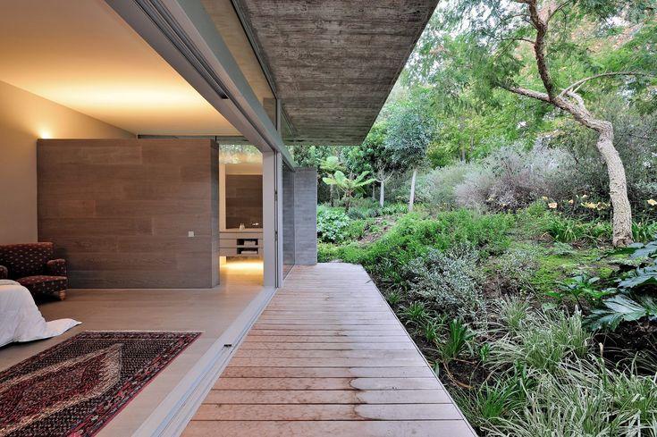 Residência no Vale Constantia / Metropolis Design