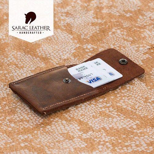 #leathercraft #leathergoods #leatherwallet #luxury #handmade #handcraftedwallet #leathercase #wallet #menwallet #apple #samsung #iphone7 #galaxys8 #leatheriwatchbands #applewatch #applewatchband #applewatchstrap #instalike #instagood #instadaily #instafashion #fashion #gift #walletcase #sales #discount