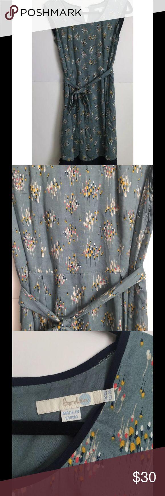Boden pattern dress size 2R Beautiful Boden dress size 2R Boden Dresses