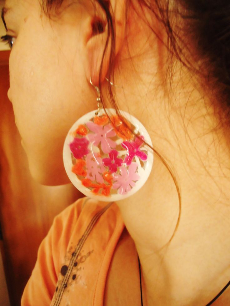 Colorful earrings! https://www.facebook.com/photo.php?fbid=215947915220400=a.168027316679127.39328.167967240018468=3