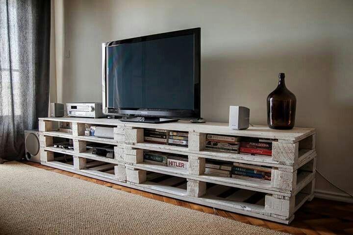 Pallet entertainment center country rustic home decor - Muebles de television baratos ...