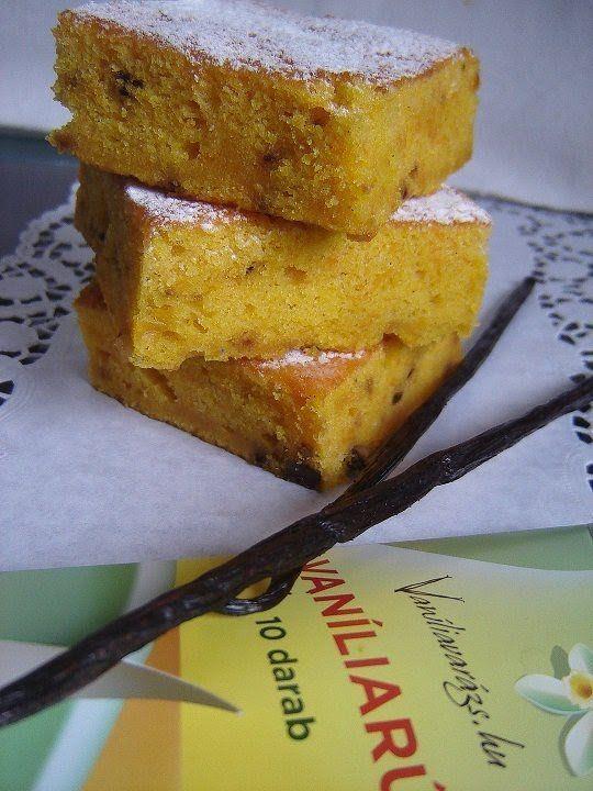 Egyszerű sütőtökös kevert süti dióval és vaníliával – Mai Móni