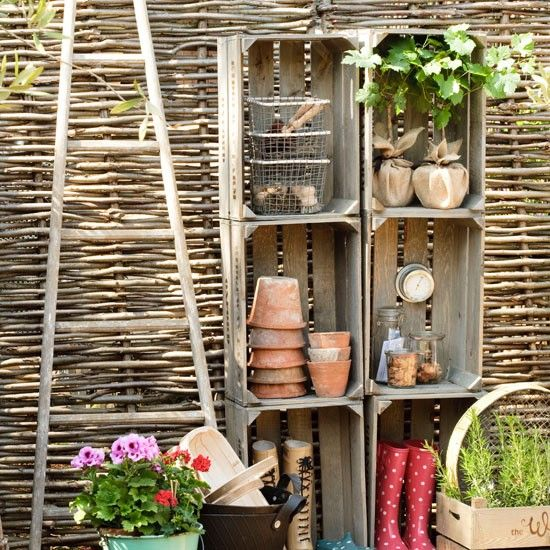 wooden fruit cratesOutdoor Storage, Fruit Crates, Gardens Ideas, Wooden Boxes, Old Crates, Apples Crates, Wooden Crates, Wood Crates, Storage Ideas