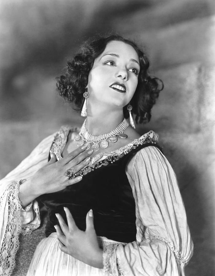 Lupe Velez in Stand and Deliver, 1928