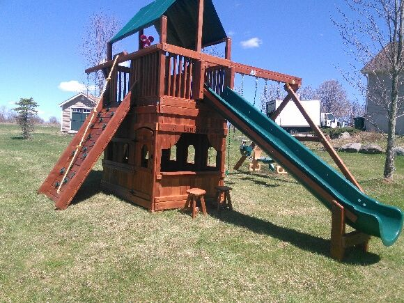 Rainbow Play Systems has more than 25 years of experience in creating dream swing sets and more than 100 swing set designs to choose from. & 9 best Rainbow swing set images on Pinterest | Swings Outdoor ...