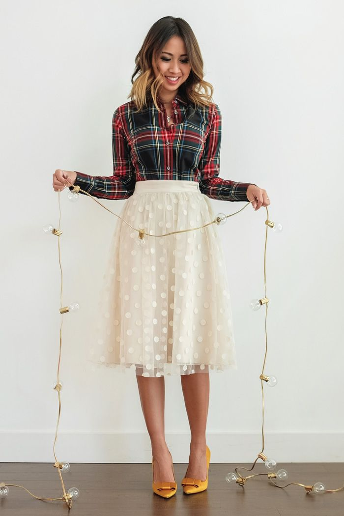 petite fashion blog lace and locks los angeles fashion blogger polka dot tulle skirt plaid shirt bow heels holiday outfit ideas oc