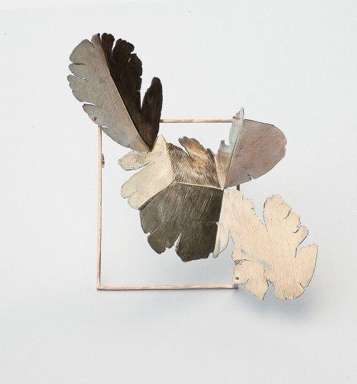 spilla 2008 oro 520x560 A Vicenza in mostra le opere di Stefano Marchetti