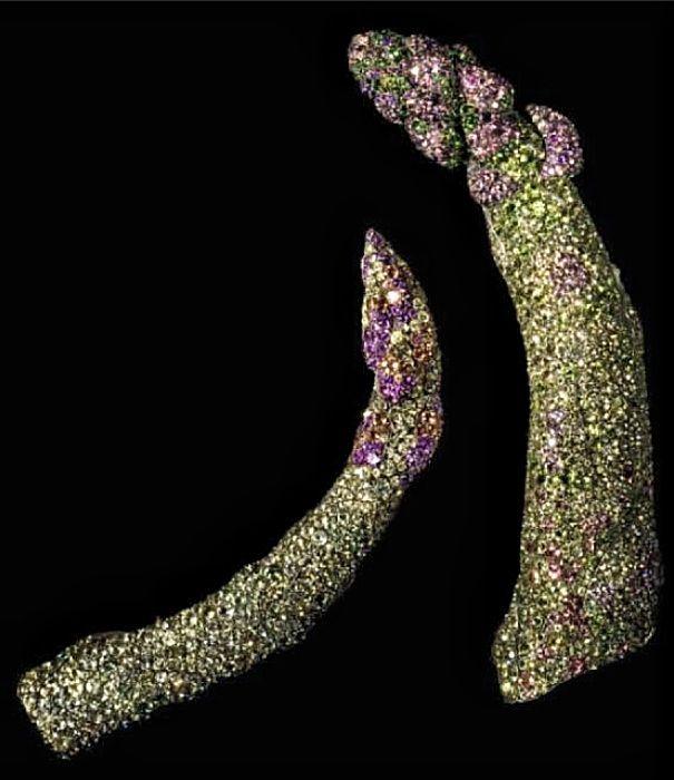 JAR - The Jewels Money Can't Buy. US Harper's BAZAAR -Sept 2013  Asparagus brooches of demantoids, garnets, chrysoberyls, and spinels by JAR Paris. photo JOZSEF TARI for Bazaar