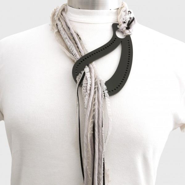 "k-boo : ""short lasso"" necklace"