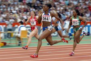 Hurtis 2003 a plus belle course «C'était une série sur 200m lors des Championnats du monde à Paris en 2003. J'ai réalisé une course absolument parfaite en termes de relâchement. Il devait être quoi, 10 heures du matin, et je ne saurais pas l'expliquer mais j'étais incroyablement bien, détendue. J'avais cette impression de survoler la piste, comme si courir ne me demandait aucun effort particulier, comme si tout était totalement fluide et naturel. Je savais que j'étais au-dessus des autres…