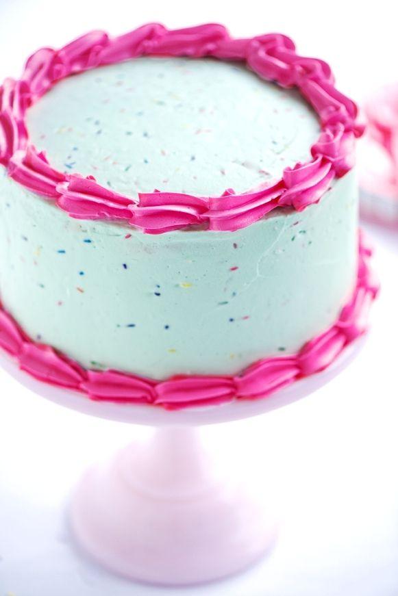 Pastel Vanilla Birthday Cake from Sweetapolita