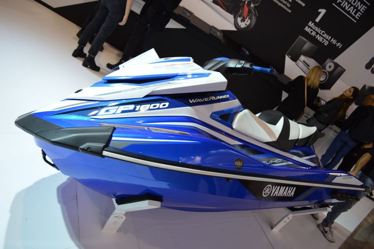The gigantic Yamaha Waverunner GP1800 jet ski
