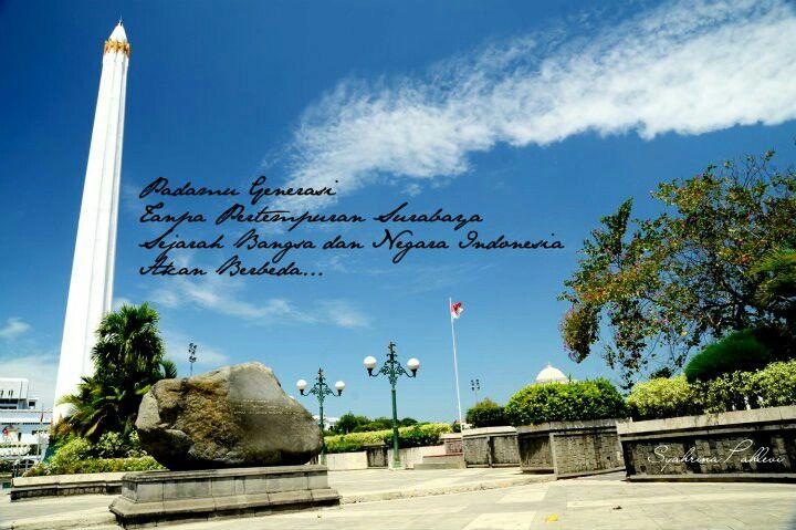 What a bright day in Tugu Pahlawan, Surabaya, Indonesia