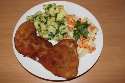 Rezept: paniertes Schnitzel mit Kohlrabi-Möhren-Gemüse und Petersilien-Kartoffeln Bild Nr. 8
