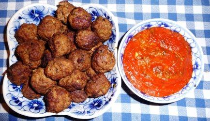 Tapas: Spaanse Gehaktballetjes (Albondigas) In Pikante Saus recept | Smulweb.nl