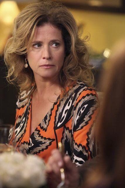 Nancy Travis in Desperate Housewives (2004)