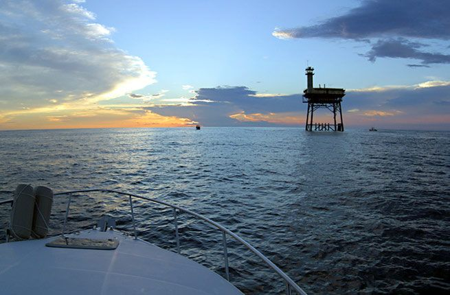 25 best ideas about charlotte north carolina hotels on for Frying pan tower fishing