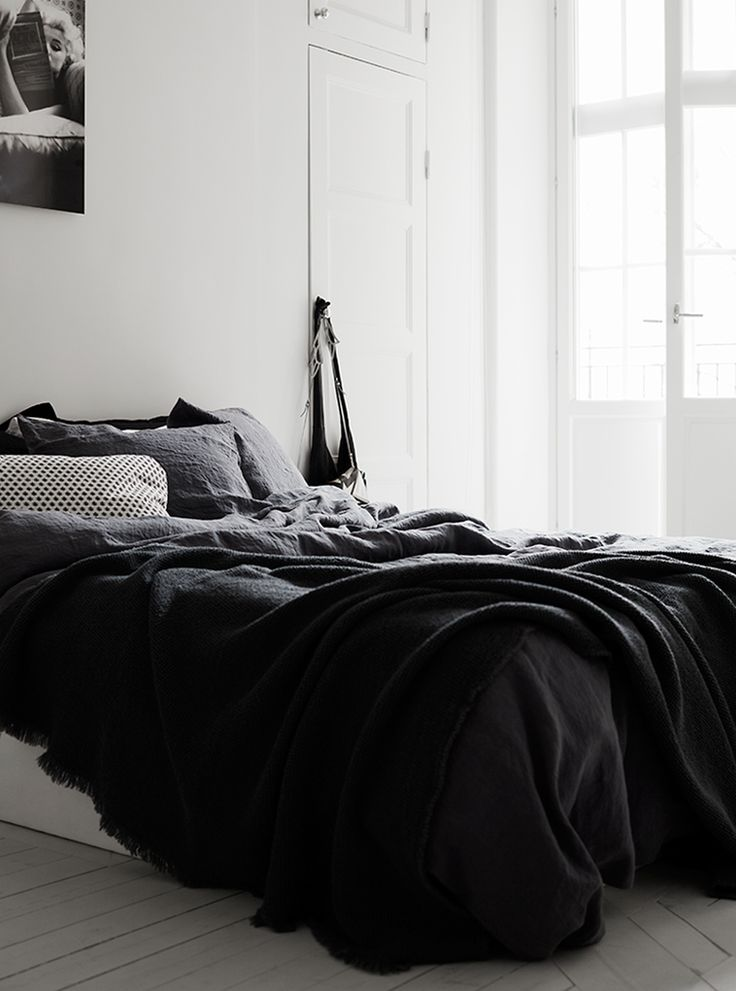 Bedroom Ideas Black best 25+ black bedroom design ideas on pinterest | monochrome