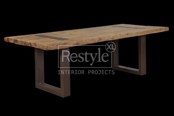 Product: Eettafel design 240cm = € 1179,-