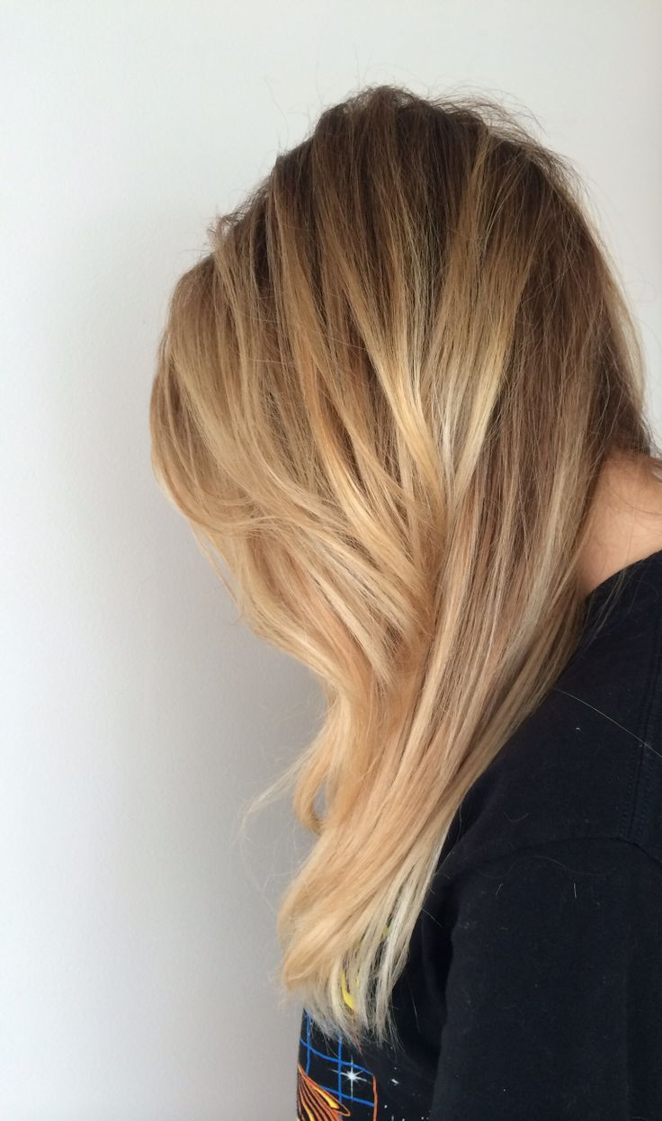Long Blonde Hair With Layers Hair Color Balayage