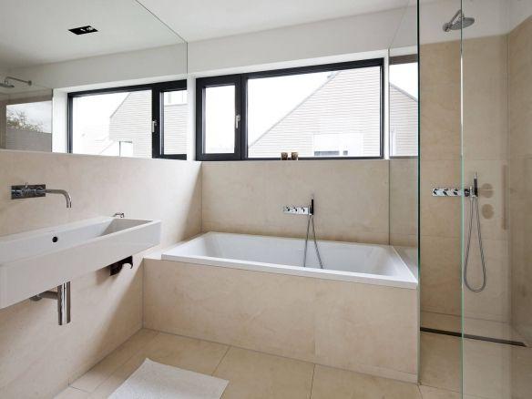 Moderne Badezimmer Wohnhaus Köln Sürth