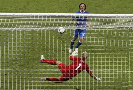 Pirlo scores the best Pananka penalty since Panenka in 76