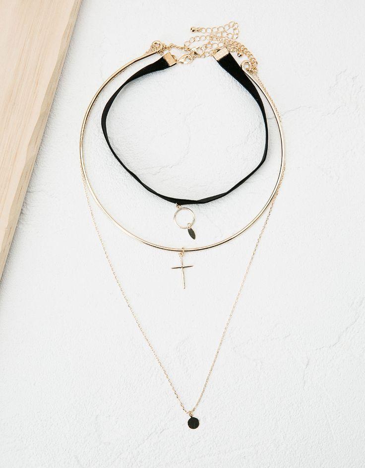 Collar 'Row Choker' terciopelo y metal - Accesorios - Bershka España