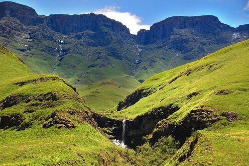 Lesotho BelAfrique - Your Personal Travel Planner www.belafrique.co.za