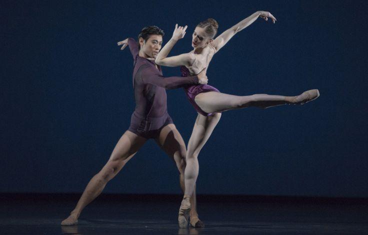 Marianela Nuñez e Ryoichi Hirano in Viscera coreografia Liam Scarlett ph Andrej Uspenski