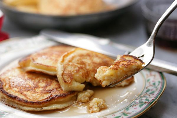 Recipe: Mark Bittman's everyday pancakes || Photo: Andrew Scrivani for The New York Times
