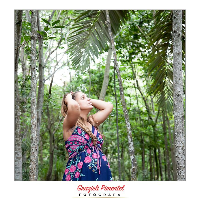 Créditos: Grazieli Pimentel Fotógrafa, Ensaio realizado no Parque Botânico da Vale, ES. #gestante #externasgestante #bookgestante #fotografiadegestante #grazielipimentelfotografa