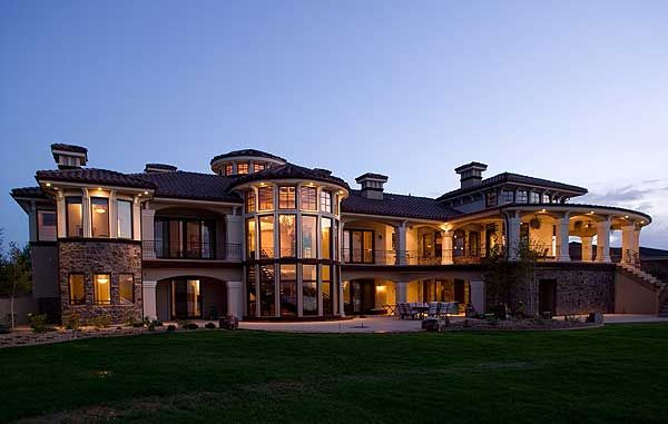 One day, this is what I will be doing.  Making people's dream home come true.