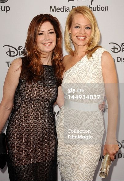 Dana Delaney & Jeri Ryan