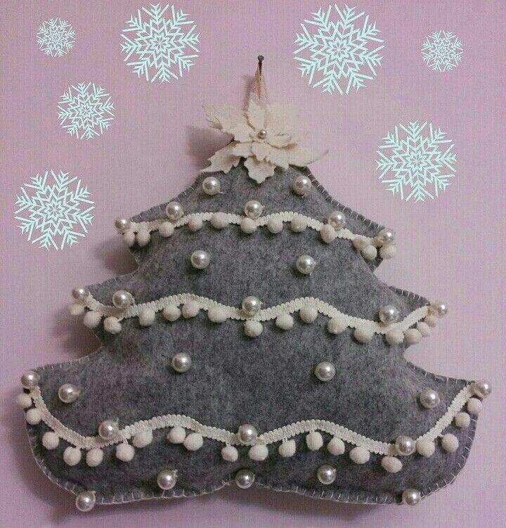 Shabby christmas tree