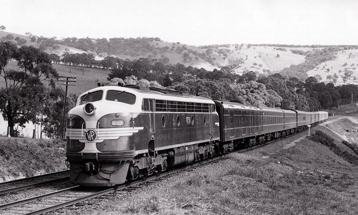 A very new B 69 on the up broad gauge Spirit of Progress at Kilmore East, 1953.