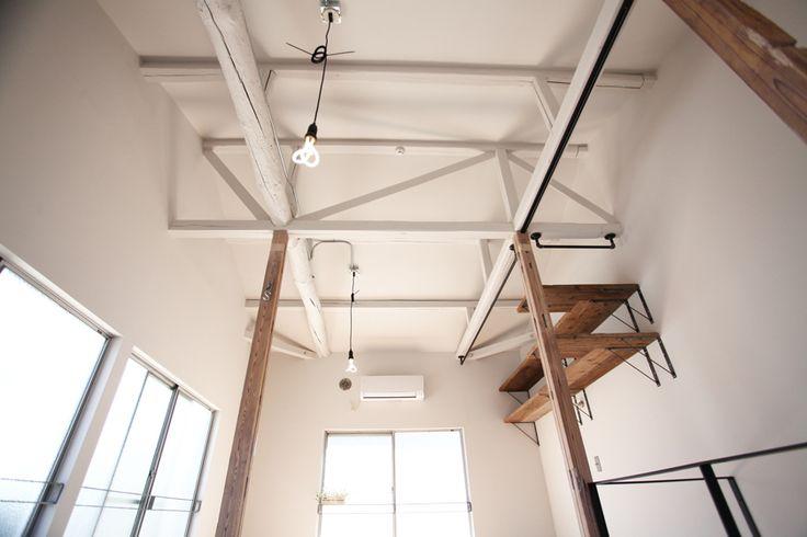 Renovation by blue studio. http://www.bluestudio.jp