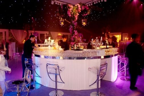 Mirror topped, white circular bar with ice bar stools Contemporary Furniture Club Starlight Design