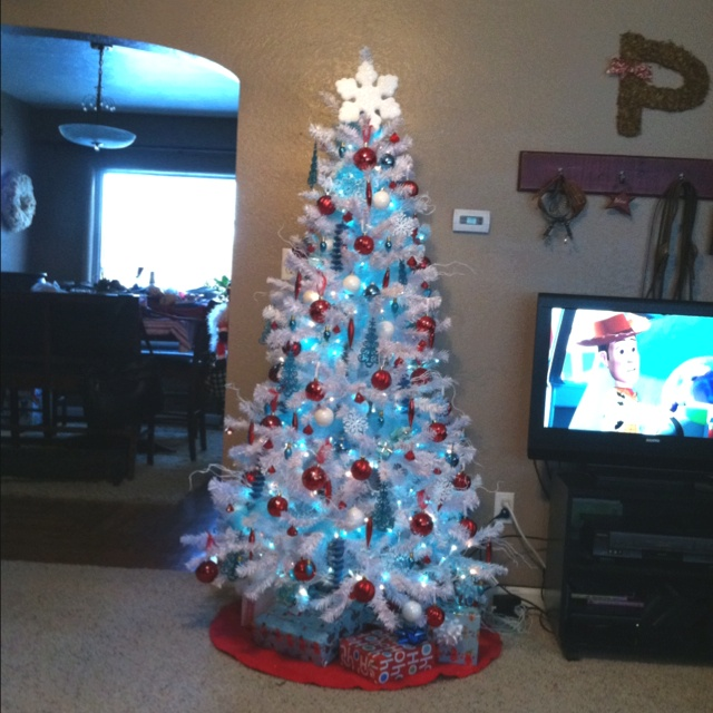 107 best TIffany blue and red Christmas! images on Pinterest ...