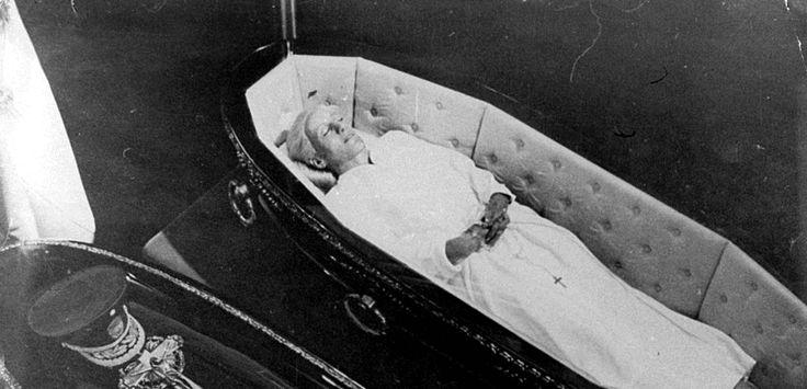 the dead body of eva per n in the 70 s eva evita