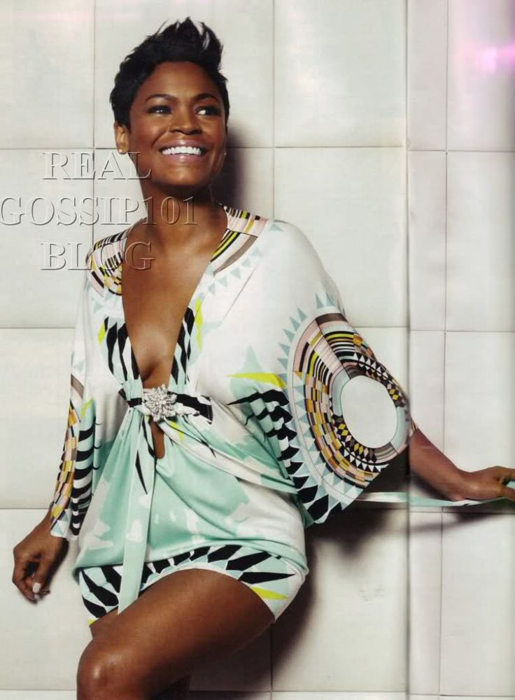 Nia Long and this dress!