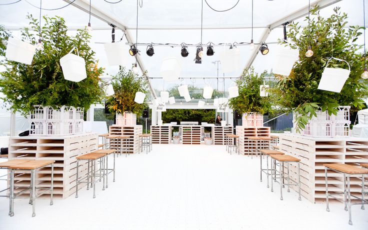 clear marquee with pallet high bars